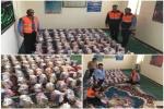 کمک های کارکنان اداره راهداری و حمل و نقل جاده ای مسجدسلیمان به سیل زدگان تحویل فرمانداری داده شد