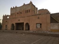 ریزش بخشی از دیوار و تاج باشگاه کاوه مسجدسلیمان/ باشگاه تاریخی کاوه حدود ۳۵ درصد خسارت دیده است+تصاویر