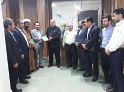 با حضور فرماندار مسجدسلیمان و مسئولین فرهنگی از کتاب هدایت و مشورت در اسلام رونمایی شد