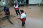 امدادرسانی جمعیت هلال احمر مسجدسلیمان به خانوارهای متاثر از بارندگی های اخیر + تصاویر