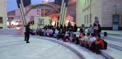 نمایش شاد و موزیکال مزرعه رنگارنگ در مسجدسلیمان به روی صحنه می آید